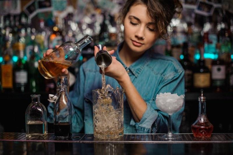 lady bartender