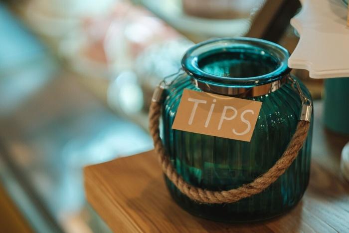 Bartender tips and tricks guide
